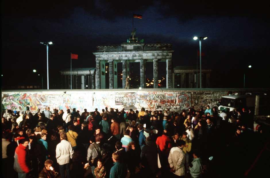 """La exposición """"Berlín: Die Mauer"""", en Fnac Alicante hasta el 25 de octubre de 2014"""