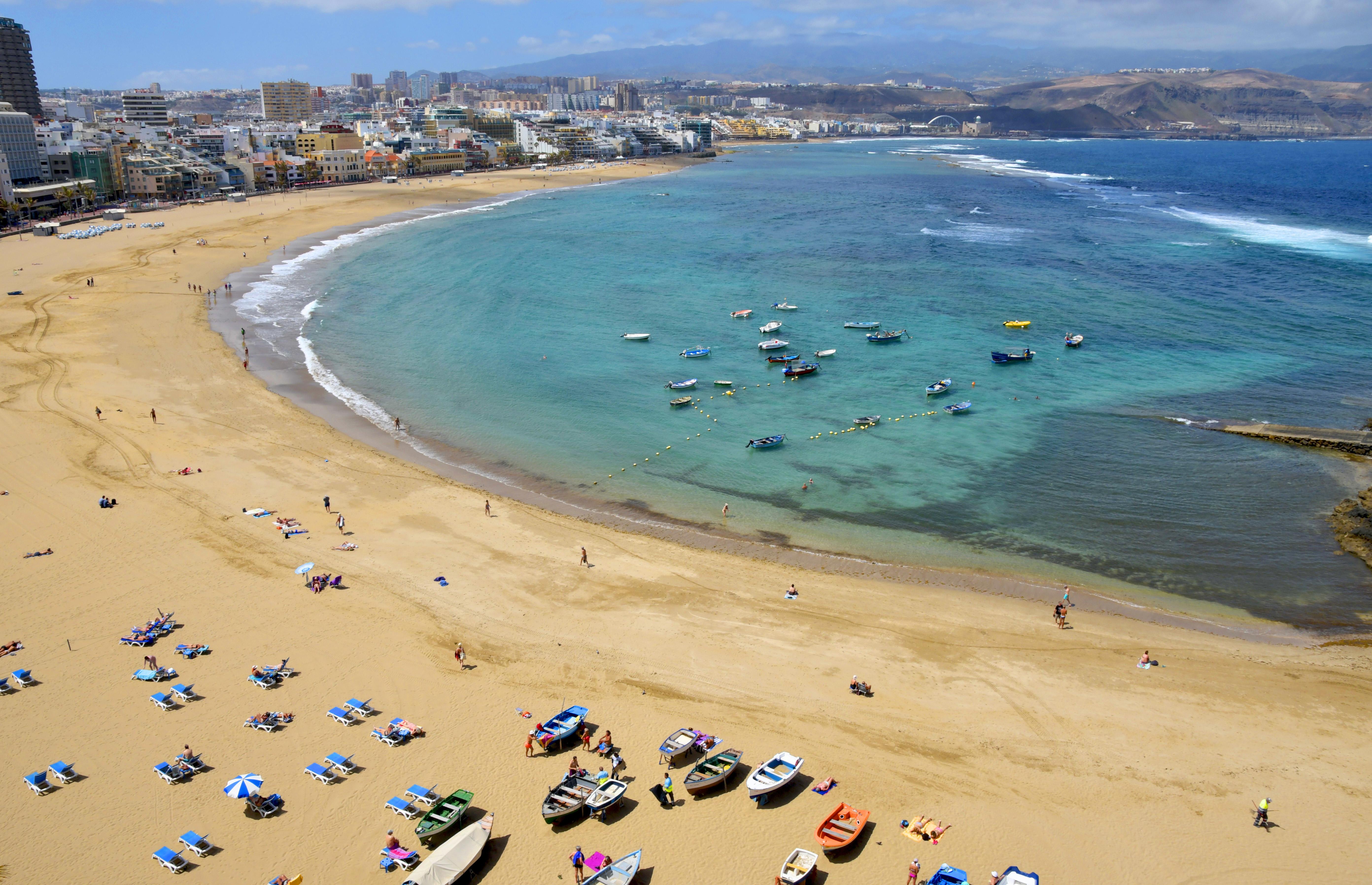 1. Playa de Las Canteras