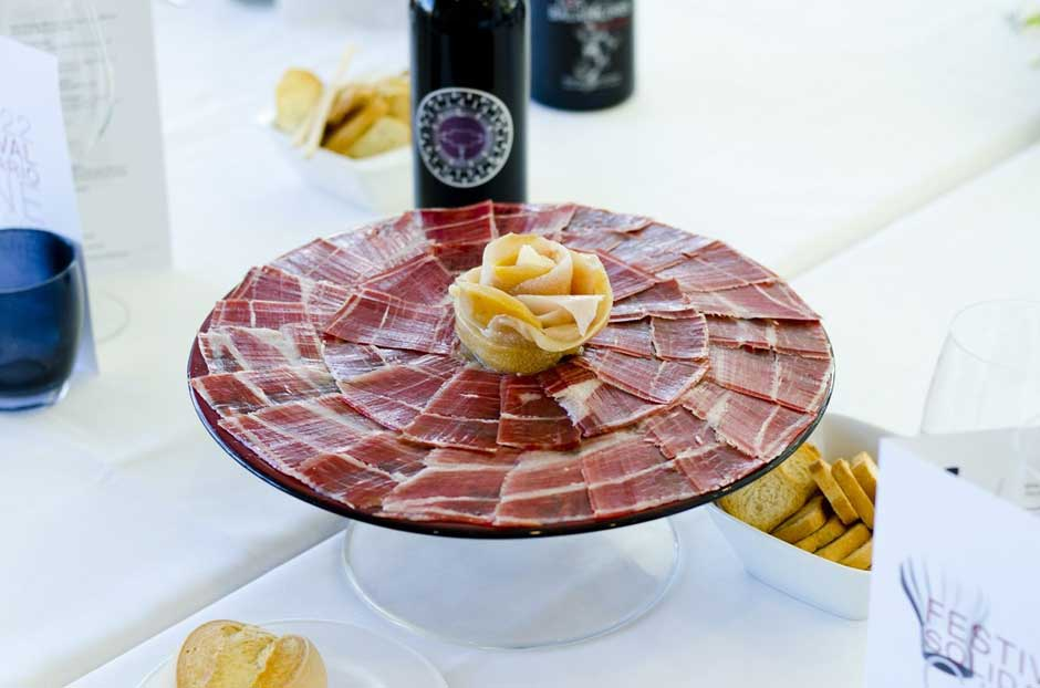 Regalarse un homenaje gastronómico al jamón ibérico