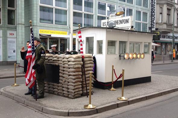 Checkpoint Charlie Berlin_AlemaniaConDB_Foto (c) Tu Gran Viaje