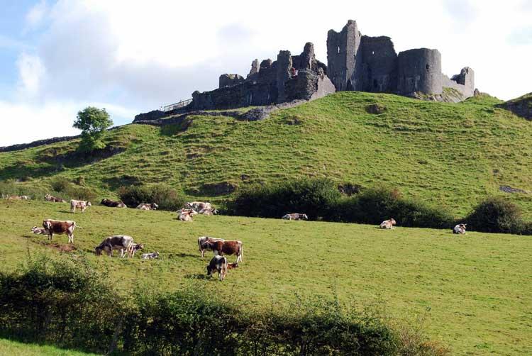 Tu Gran Viaje a Gales | Castillo de Carreg Cennen. Foto de Chris Jobling