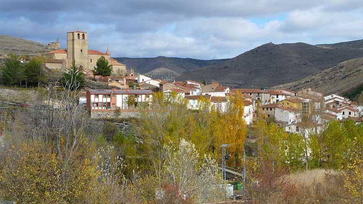 Panorámica de Enciso, La Rioja. Foto CC BigSus