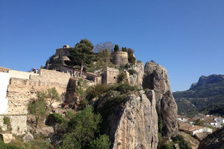 Castillo de Guadalest. © Tu Gran Viaje #SueñaTuGranViaje: cuatro rutas en coche para viajar por España cuando todo pase | Tu Gran Viaje