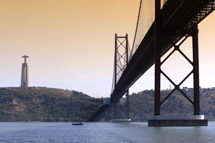 Comienzo de las obras del Centro Interpretativo Experiencia Pilar 7 del Puente 25 de Abril de Lisboa. Todo sobre Lisboa en Tu Gran Viaje