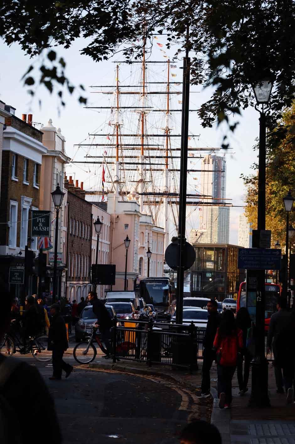 En Tu Gran Viaje a Londres, no puedes dejar de visitar el Cutty Sark, uno de los iconos imprescindibles de la capital inglesa.