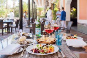 Desayuno en el Pavillon de la Piscine. Hotel La Mamounia de Marrakech. Los mejores hoteles del mundo en Tu Gran Viaje