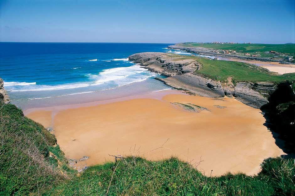 Playa de Antureta, Ajo | Viajar a Bareyo, Cantabria en estado puro | Tu Gran Viaje