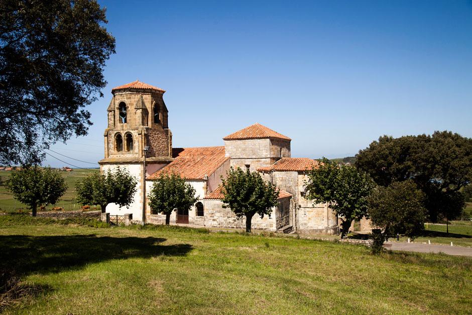 Santa María de Bareyo | Viajar a Bareyo, Cantabria en estado puro | Tu Gran Viaje