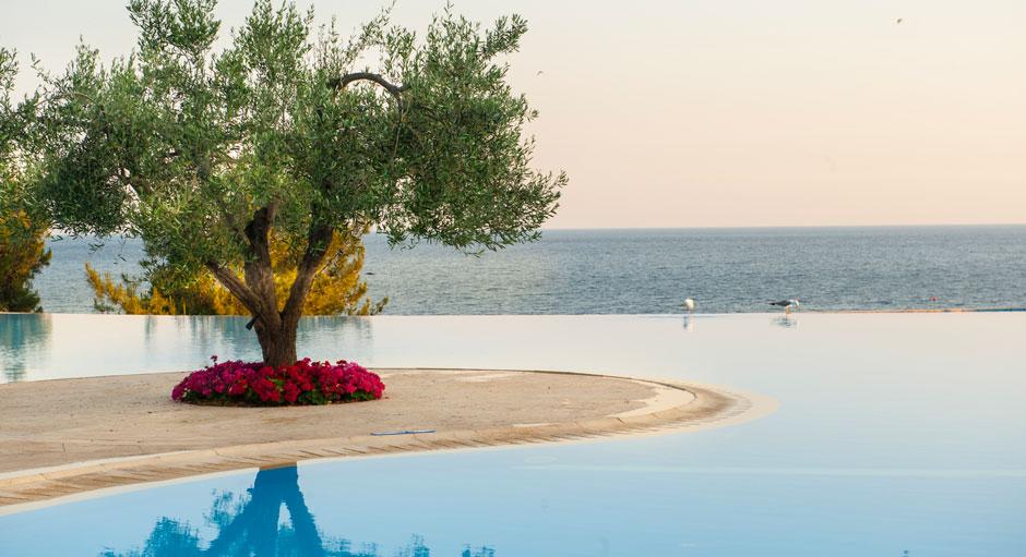 El hotel de lujo Ikos Oceania, en el norte de Grecia, ha sido elegido por los viajeros de TripAdvisor como el Mejor Hotel Todo Incluido del mundo | Tu Gran Viaje