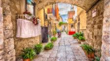 Verano en Iberia Express: Bari, Zadar, playas y ciudades europeas | Tu Gran Viaje