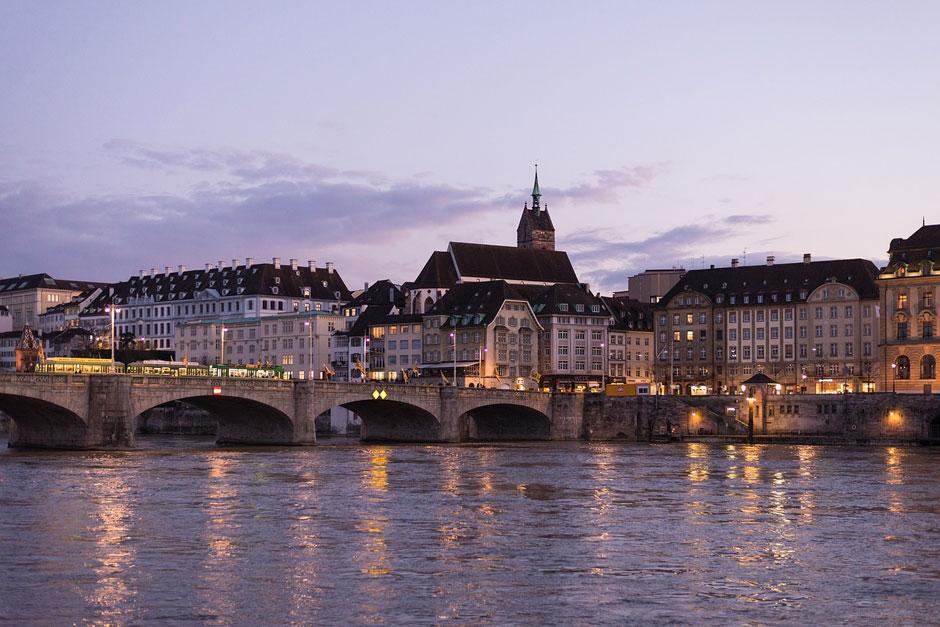 Verano en Basilea Viajar a Basilea Viaje a Basilea Tu Gran Viaje