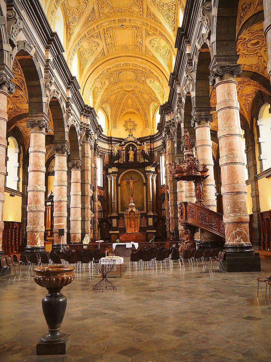 Iglesia jesuita de Saint Loup. Foto Javier Carrión | El Camino Español de los Tercios de Flandes en Tu Gran Viaje