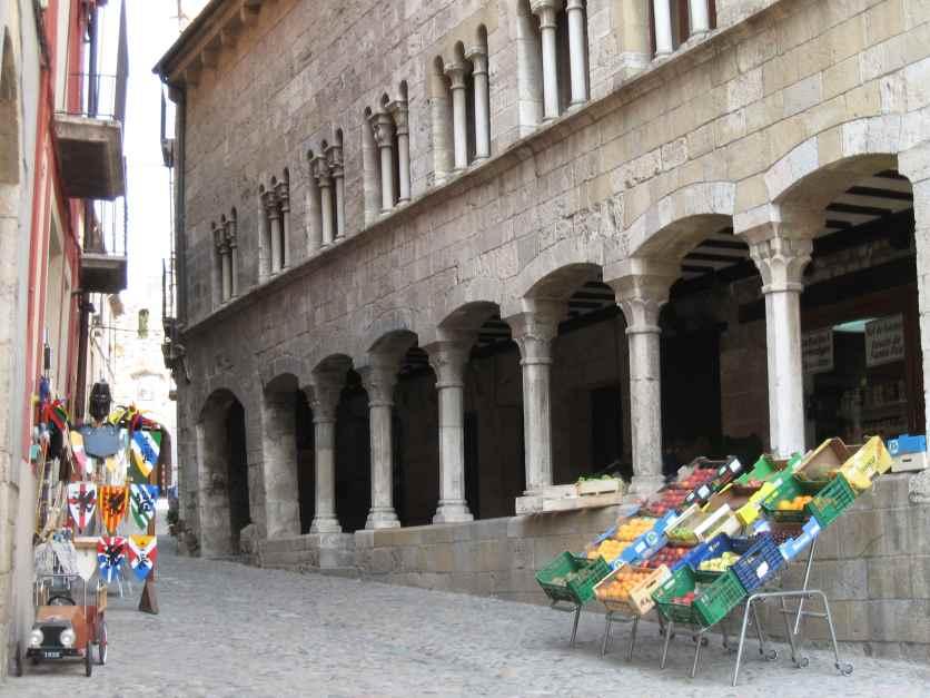 Postal desde la Judería de Besalú | Tu Gran Viaje