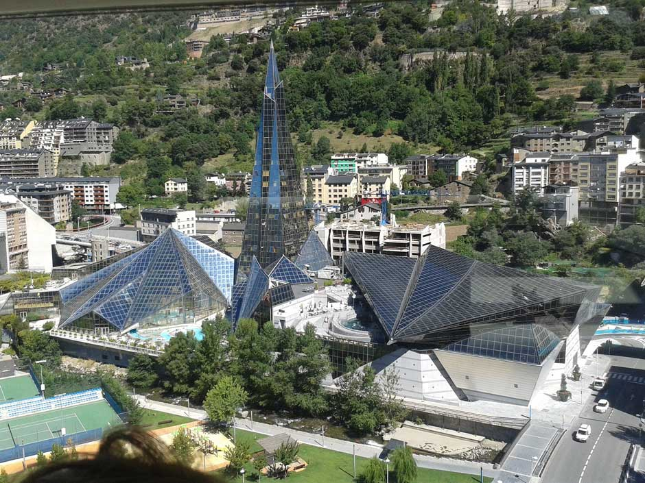 Ruta en coche por Andorra, el joyero de los Pirineos