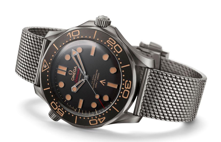 No time to die, la nueva película de James Bond, no se estrenará hasta abril de 2020, pero ya sabemos cómo es el nuevo reloj de 007 que lucirá en ella: un impresionante Seamaster Diver 300M 007 Edition de OMEGA. | Tu Gran Viaje