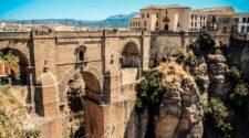 Postal para viajar a Ronda, uno de los pueblos más bonitos de Andalucía (¡y del mundo!) | Tu Gran Viaje