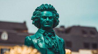 El 17 de diciembre de 2020 se celebra el 250ª aniversario del bautizo de Beethoven. Y la efeméride será la fecha culminante de las celebraciones en honor del compositor, que se prolongarán durante 2021 | Tu Gran Viaje