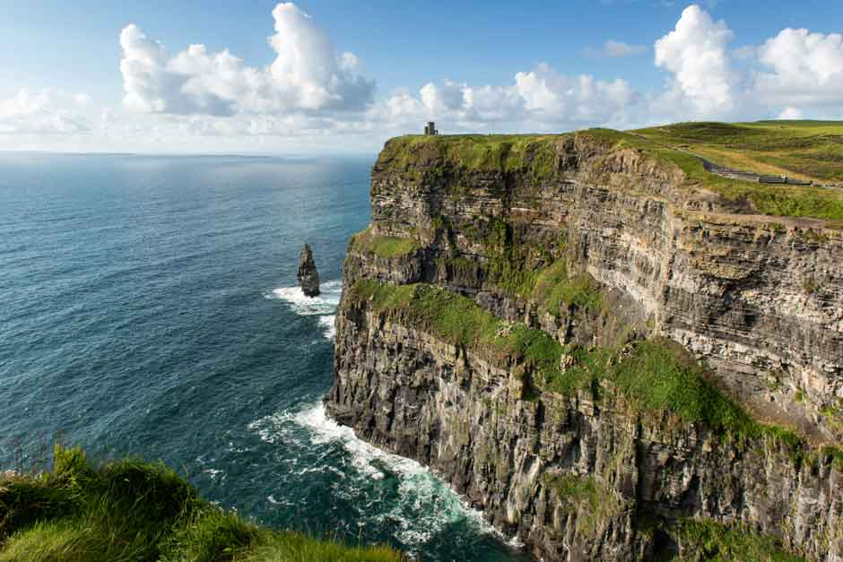 Acantilados de Moher. Ruta por los acantilados de Irlanda más espectaculares en Tu Gran Viaje | Foto Turismo de Irlanda