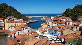 Marinera, colorida y con su propio idioma: este verano, Cudillero es una etapa imprescindible en Tu Gran Viaje por Asturias