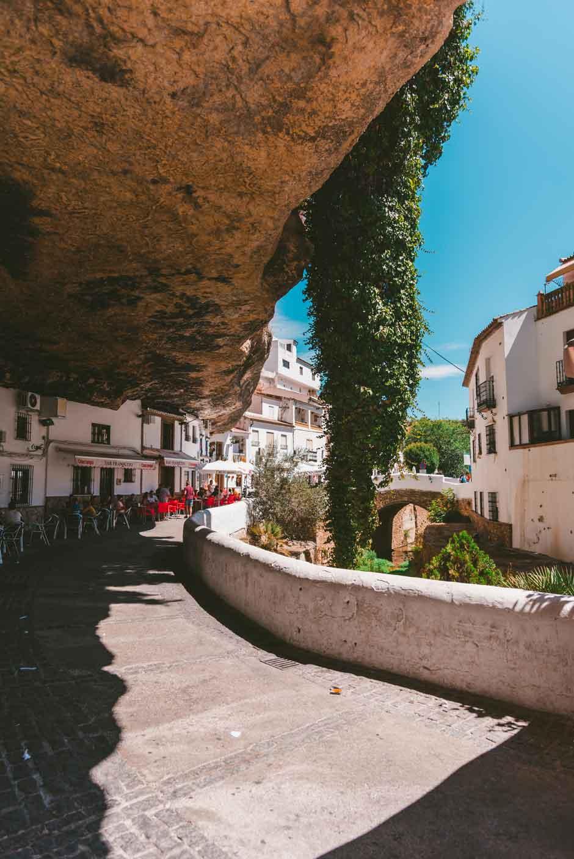Zahara de la Sierra y Setenil de las Bodegas: ruta por los pueblos más bonitos de Cádiz | Tu Gran Viaje | AlhenaMedia | Clemente Corona