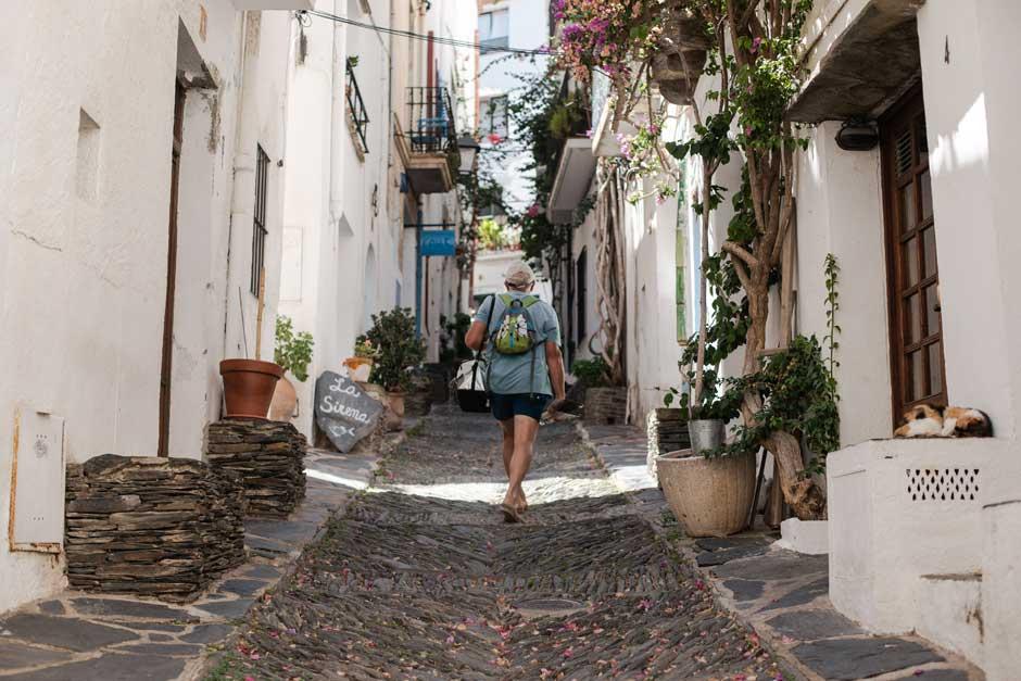 Cadaqués, la luz de Dalí. Visitar Cadaqués, uno de los lugares más bonitos del mundo | Tu Gran Viaje