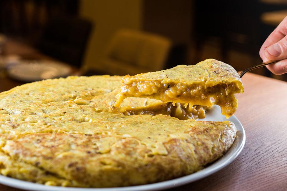 Dónde comer las mejores tortillas de patata de Madrid   Tu Gran Viaje