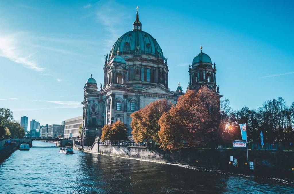 Viajar a Berlín la ciudad mutante   imagen foto Unsplash   Tu Gran Viaje TGV Lab